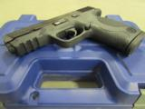 Smith & Wesson M&P40 w/Crimson Trace Laser Grips .40 S&W 220071 - 4 of 9