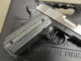 Dan Wesson Silverback Two Tone .45 ACP - 4 of 10
