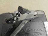 Dan Wesson Silverback Two Tone .45 ACP - 10 of 10