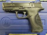 """Smith & Wesson Model M&P40 Pro Series 4.25"""" .40 S&W 178036 - 2 of 8"""