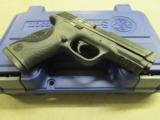"""Smith & Wesson Model M&P40 Pro Series 4.25"""" .40 S&W 178036 - 5 of 8"""