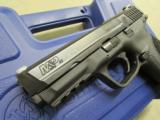 """Smith & Wesson Model M&P40 Pro Series 4.25"""" .40 S&W 178036 - 7 of 8"""