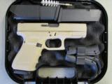 """Glock 19 G19 Gen4 4"""" Desert Sand Cerakote 9mm UG1950203DS"""