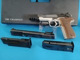 EXTREMELY RARE 9mm Walther P88 Champion Target Pistol w. .22LR Target Conversion System - MINT! - 1 of 15