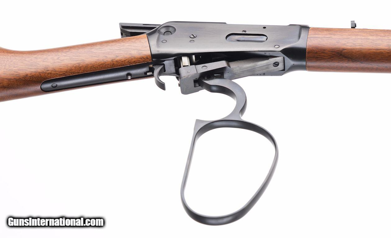 WINCHESTER MODEL 94AE  357 MAG  LARGE LOOP LEVER ACTION RIFLE