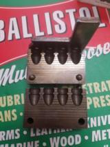 Saeco #457 Bullet Mold 4 Cavity225gr RN 452dia