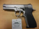 S&W MOD 5926 9MM LIKE NEW CHEAP - 1 of 2