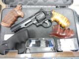 S&W MOD 327 R8 357MAG PERF CTR 5 - 3 of 3
