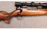 Weatherby ~ Mark V ~ .300 Weatherby Magnum - 3 of 10