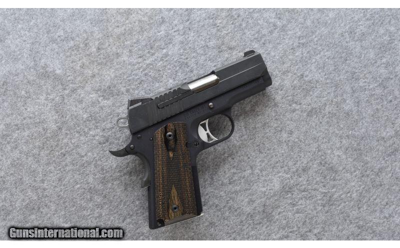 Sig Sauer ~ 1911 Ultra Compact ~  45 ACP