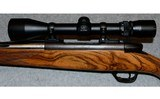 Weatherby ~ Mark V Deluxe ~ 7mm Weatherby Magnum - 8 of 10