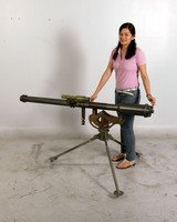 M18