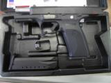 Ruger SR40 - 2 of 5