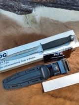 SOG Desert Dagger