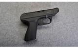 Heckler & Koch ~ VP 70 Z ~ 9mm