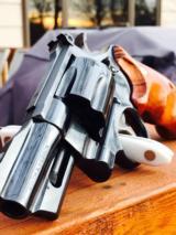 Smith & Wesson 24-3 Lew Horton