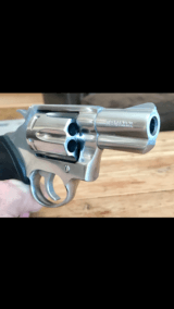 COLT .38 SF-VI WITH 2 INCH BARREL & SATIN STAINLESS FINISH.- 16 of 19