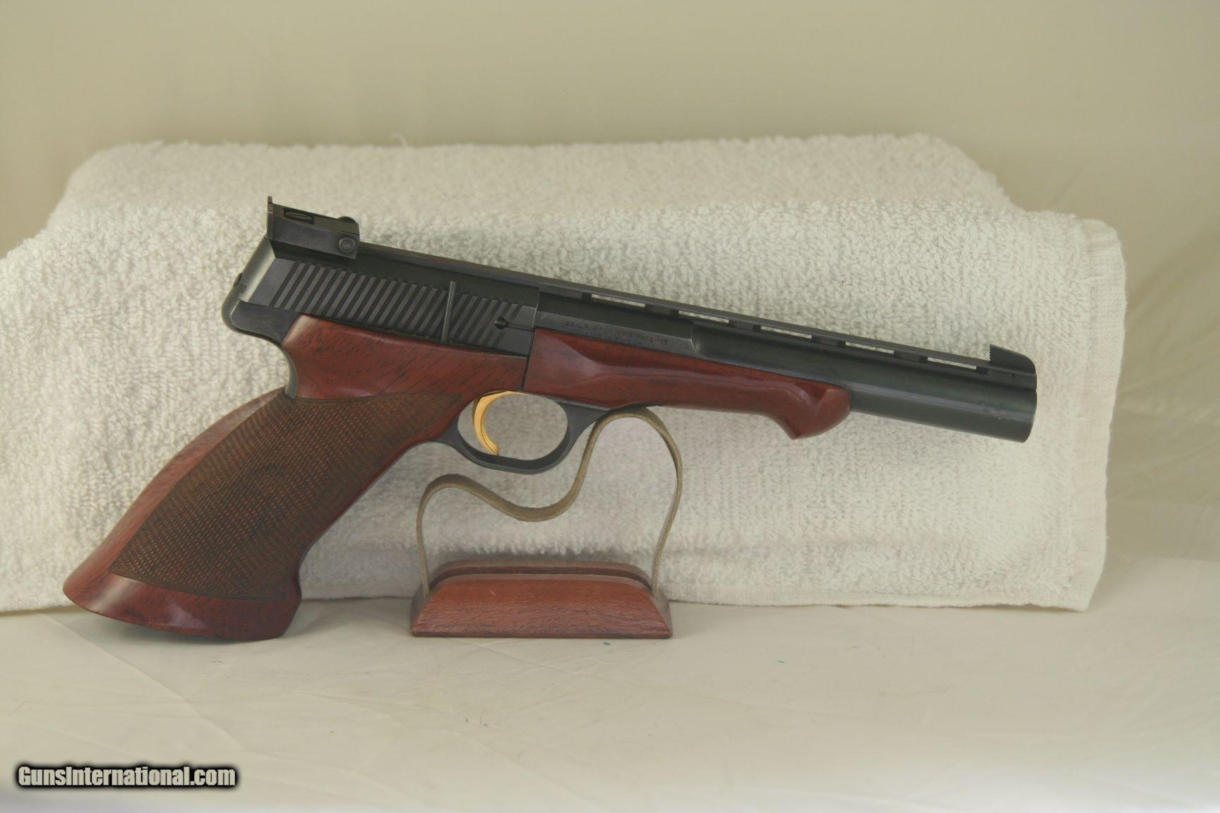 Browning Medalist 22 LR Target pistolBrowning Medalist 22 LR Target pistol