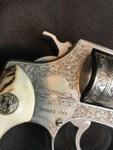 ENGRAVED SMITH WESSON MODEL 60 -- BEAUTIFUL SAMBAR STAG GRIPS -- .38 SPECIAL - 7 of 11