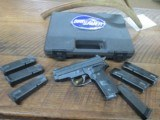 sig sauer p229 40 s&w semi auto pistol with 7 mags!