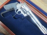 SMITH & WESSON 500 REVOLVER FACTORY ENGRAVED 6 3/8 BARREL HIGH POLISHED