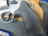 SMITH & WESSON MODEL 69 IN .44 MAGNUM 4 INCH STAINLESS NIB - 6 of 7