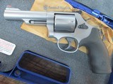 SMITH & WESSON MODEL 69 IN .44 MAGNUM 4 INCH STAINLESS NIB - 4 of 7