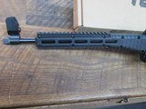 kel-tec sub 2000 glock 19 9mm semi auto rifle, folding stock. Glock mag - 8 of 8