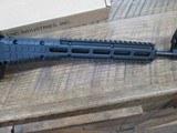 kel-tec sub 2000 glock 19 9mm semi auto rifle, folding stock. Glock mag - 3 of 8