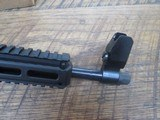 kel-tec sub 2000 glock 19 9mm semi auto rifle, folding stock. Glock mag - 4 of 8