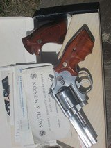 SMITH & WESSON MODEL 686 - 4 of 10