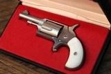 Freedom Arms .22 mini revolver - 2 of 5