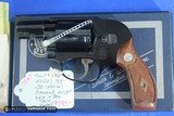 Smith & Wesson Model 38 Bodyguard Airweight 38spl 2