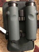Swarovski EL 10x32 HD Binoculars - 2020 Model - 5 of 8