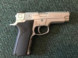 Smith & Wesson Mdl 4046 .40 S&W