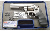Smith & Wesson ~ Model 625-8 ~ .45 ACP ~ In Case