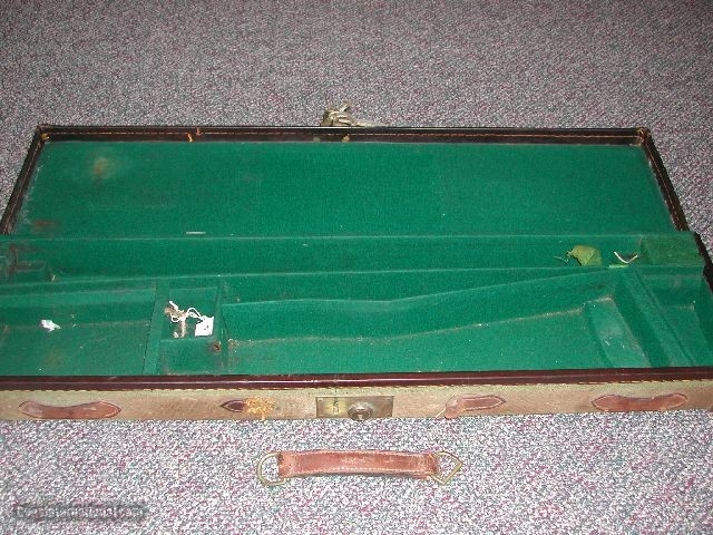 CANVAS COVERED TRUNK SPORTING GUN CASE MARKED C le BS ON LID - 1 of 1