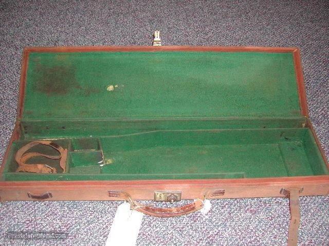 LIGHT BROWN CANVAS COVERED TRUNK SPORTING GUN CASE