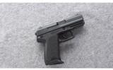 Heckler & Koch ~ USP Compact ~ 9mm