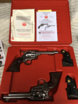 RUGER VAQUERO 'S TWO CONSECITIVE NUMBERS NIB CUSTOMS - 2 of 4