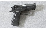 Magnum Research ~ Baby Eagle Compact ~ 9mm Para. - 1 of 6