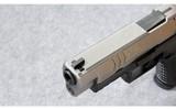 Springfield Armory ~ XD(M) 4.5 Bi-Tone ~ .40 S&W - 5 of 7
