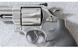 Smith & Wesson ~ 629-6 ~ .44 Mag. - 3 of 7