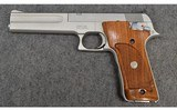 Smith & Wesson ~ Model 622 ~ .22 LR - 2 of 2