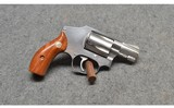 Smith & Wesson ~ Model 640 ~ .38 S&W Special