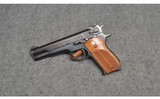 Smith & Wesson ~ 52-2 ~ .38 Special Midrange - 2 of 5
