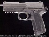 """SIGARMS 2022 TAC PAC 9mm 3.75"""", Extra mag, Loader, Grip inserts, Night sights, Accessory rail, ABS case, AS NEW - 3 of 3"""