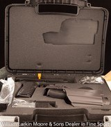 """SIGARMS 2022 TAC PAC 9mm 3.75"""", Extra mag, Loader, Grip inserts, Night sights, Accessory rail, ABS case, AS NEW - 2 of 3"""