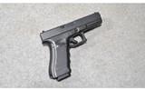 Glock ~ 22 G4 ~ .40 S&W - 1 of 2