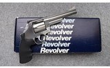 Smith & Wesson ~ 629-4 ~ .44 Magnum